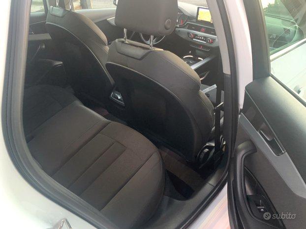 Audi A4 2.0 TDI 122CV S-Tronic Sport